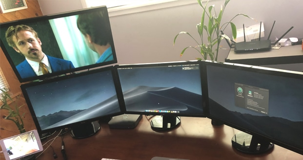 Can i hook up two monitors to my macbook pro